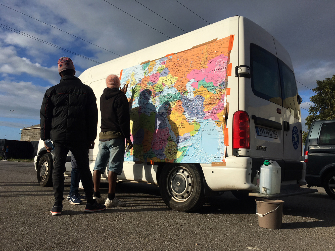 Refugee Rights Europe Medicin Du Monde Van